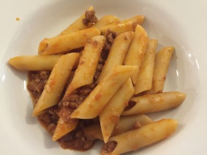 Pasta al sugo - pasta with meat sauce