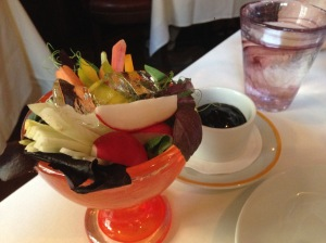 Crudites: fresh veggie with balsamic dip