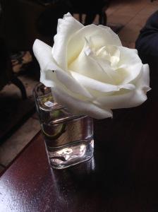 Pretty table flower