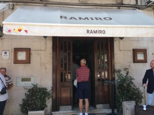Entrance to Cervejaria Ramiro