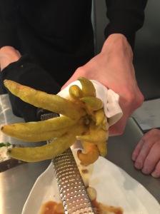 Buddah's hand (lemony flavor)