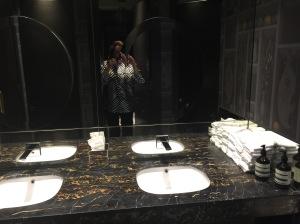 bathroom arty shot!