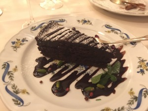 Dark chocolate cake with spicy chocolate sauce