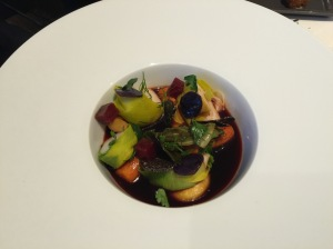 Dive scallops from Erquy cooked in a beetroot consomme
