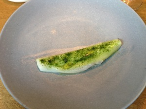 Razorclam, cucumber and spinach. Seaweed salt ton top.
