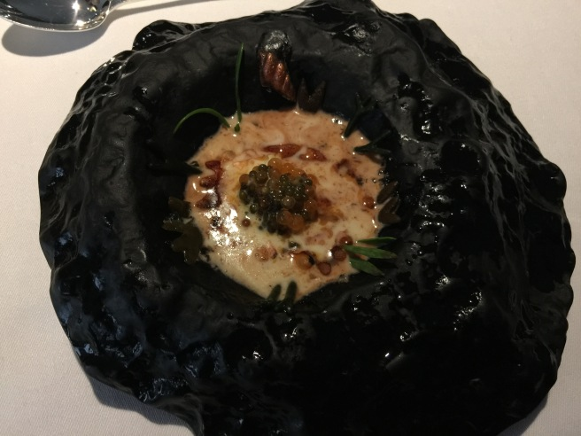 Crab melted: crab with cocoa, trout roe, mussels broth