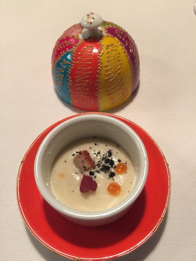 amuse: potato foam with smoked eel. Good