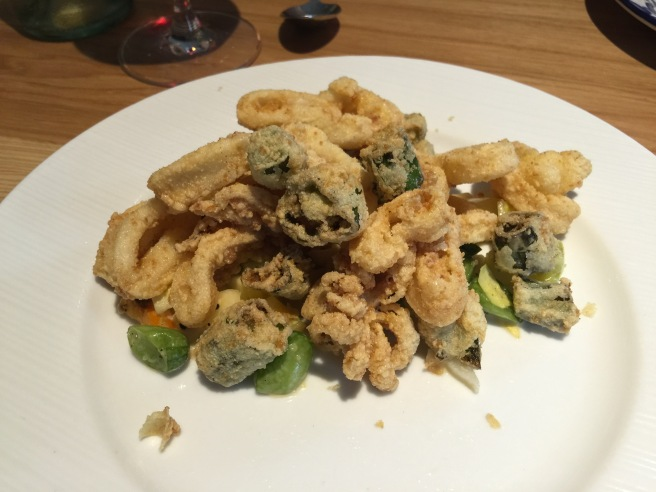 Fritto: calamari, shishitos, green tomato, cucumber