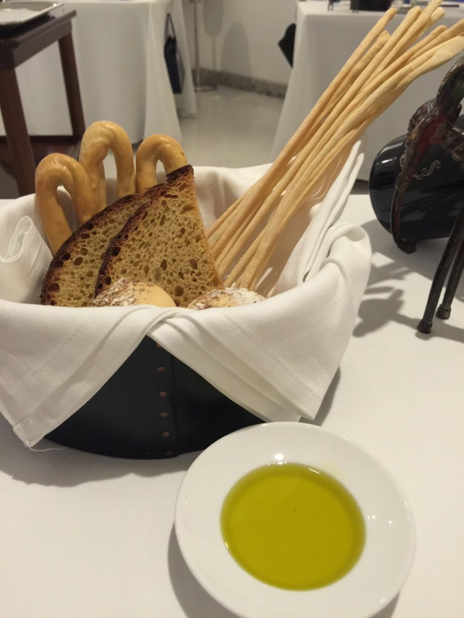 bread options and olive oil