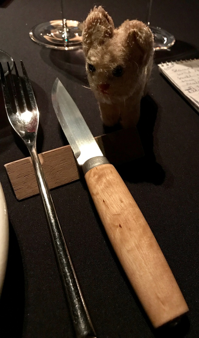 Frankie admired the knife