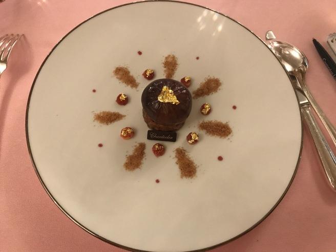 Sollies fig roasted with earl grey, 67% dark chocolate cream, crunchy wlanuts