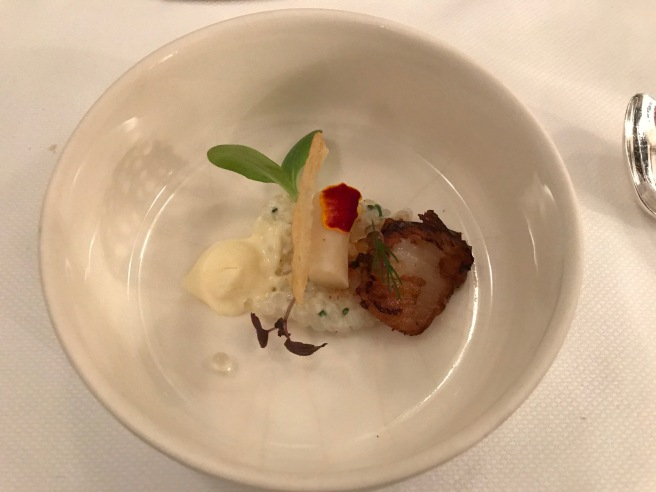 Sago and scallop with tapioca