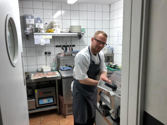 peek in kitchen