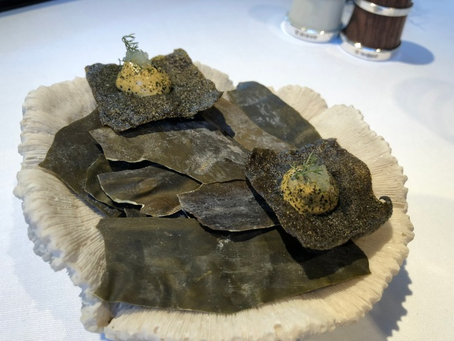 seaweed crisp with smoked mussel and fennel
