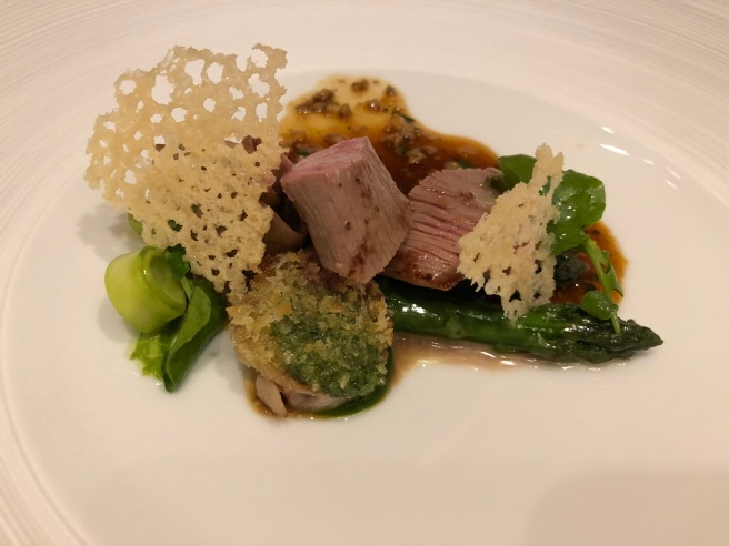 Young lamb from the Pyrenees, sauteed & braised, green aspargus, watercress