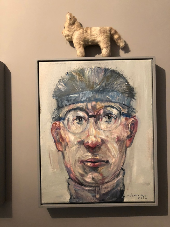 Frankie posed with some art
