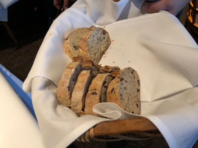 bread presentation