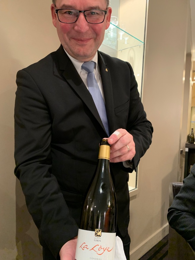 presentation of wine