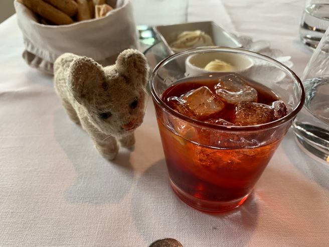 Frankie ordered a negroni